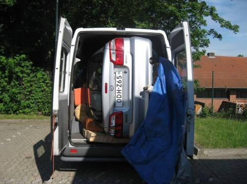 car packed nicely in van - pichars.org